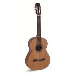 Alvaro No 70 4/4 Classical Guitar